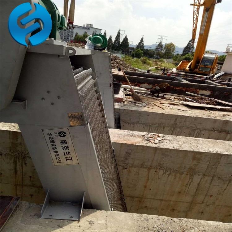 不銹鋼回轉式格柵除污機的使用說明