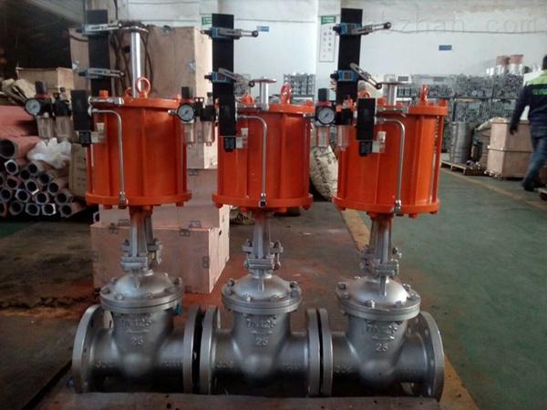 Z641H-PN16~25气动闸阀