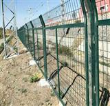 AAAAA内蒙铁路金属网片栅栏厂家