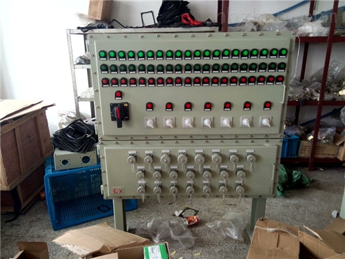 防爆照明配电箱内装变频器散热处理
