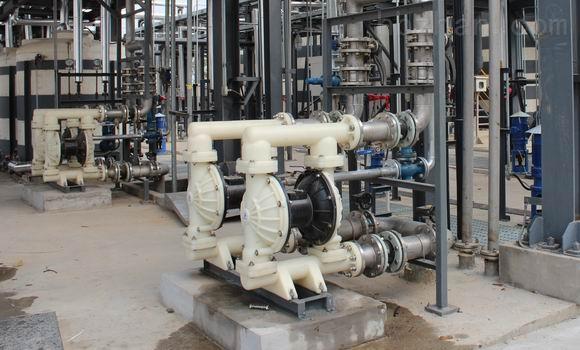 耐腐蚀隔膜泵型号