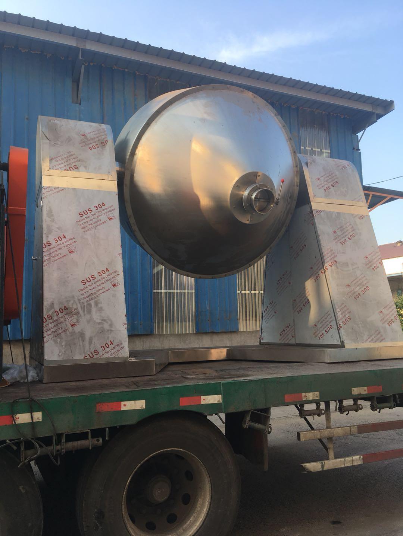 高品質的雙錐回轉真空幹燥機由元澤成功打造並順利發往山東聊城某客戶單位